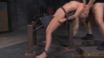 Sexy Blonde Madelyn Monroe – Brutal Deepthroat(Aug 2015)