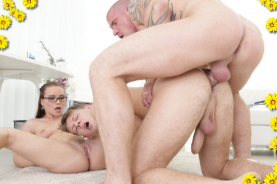 Wendy Moon, Max Born, Miky Bolt