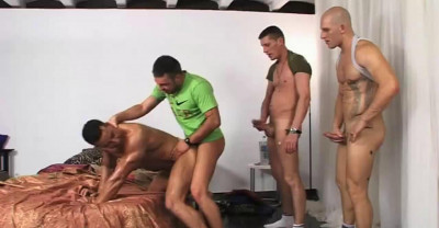 Aitor And His Friends Like Guy Orgy