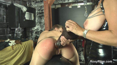 Roxy Raye-roxy Gets Dominated