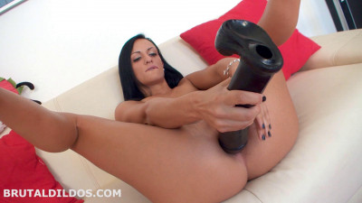Black Sophie - The pounding pussy