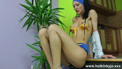 Sexy hippie with huge plug in ass movie