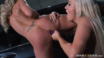 Naughty Blonde Sits On Her Face