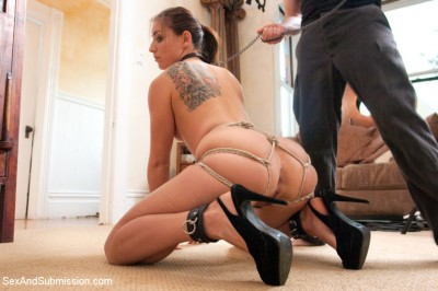 Horny Housewife Rilynn Rae's Secret BDSM Fantasies Revealed