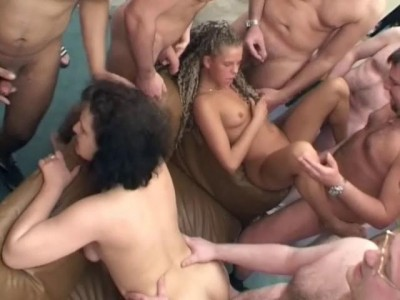 Group blowjobs and sex