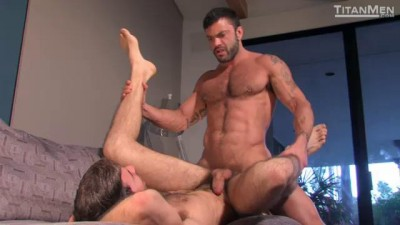 Scruffy: Scene 2: Dario Beck & Rogan Richards