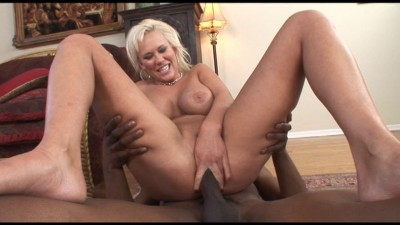 Blondie screams as a BBC enters her ass