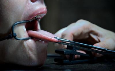 Electrical shocks, intense orgasms