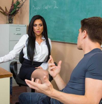 Jaclyn Taylor – My First Sex Teacher (2015)