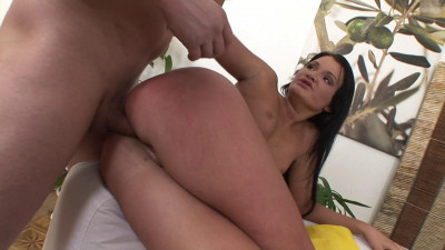 Nice Lover Takes Dick In Ass (1080)