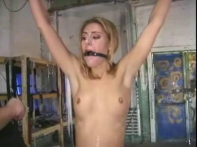 Extreme Bondage – Bound Hottie