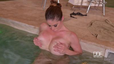 Voluptuous Spa Goddess - Busty Hot Babe_s Tits Jizzed!