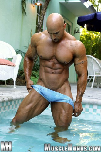 MuscleHunks – Rico Cane – Now That's A Bodybuilder, 2.0 (2013)
