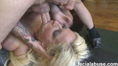 Holly Brooks — Face Fucking