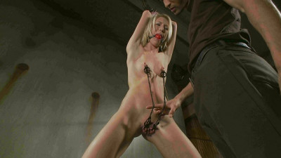 Chained Fuck Slut – Maia Davis, Mickey Mod