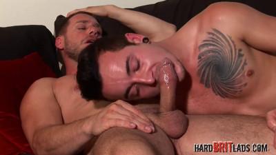 Hard Brit Lads - Hans Berlin & Jack Green - hd gay mating.