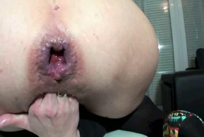 Gaping anal hole and fisting