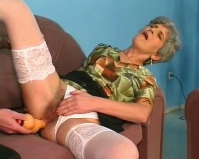 Pissing Grannies Best Of