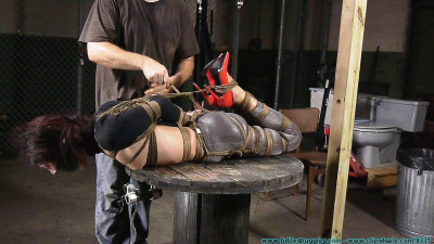 She Likes The Neckrope # 3 - FS