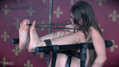 InfernalRestraints - May 27, 2016 - Trophy Catch - Zoey Laine