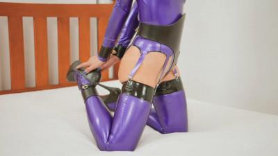 Restricted Senses – Latex & Leather Waist Cincher & Cuffs
