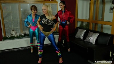 Jenna Bella & Viktoria Sweet — Shiny Workout
