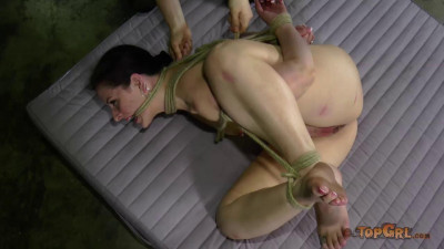 TopGrl Bondage Doll Caroline Pierce, Sister Dee