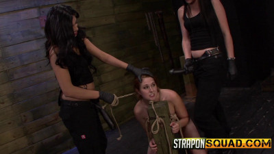 StraponSquad - Aug 01, 2014 - Rose Red Rope Suspension