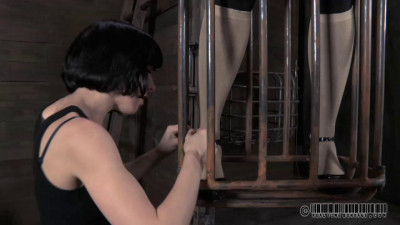 Realtimebondage – May 12, 2012 – Contorted Claire – Claire Adams