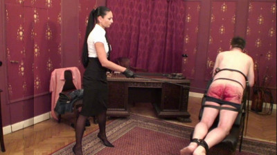Caning therapy – Madame Catarina