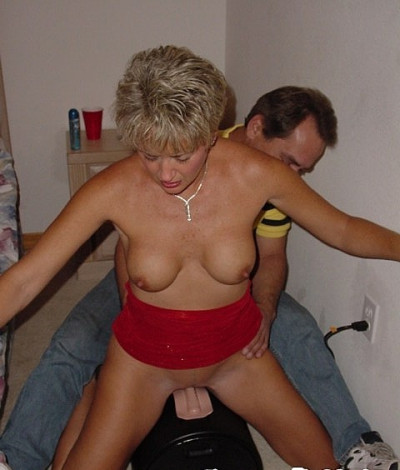 Tracy Rides the Sybian during gangbang