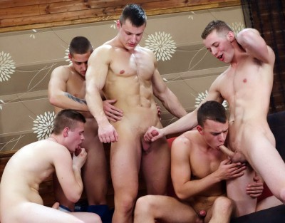 "Five guys in ""Wank Party 2014 #2, Part 1"" (720p)"