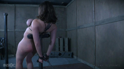 Halved – Iona Grace – BDSM, Humiliation, Torture
