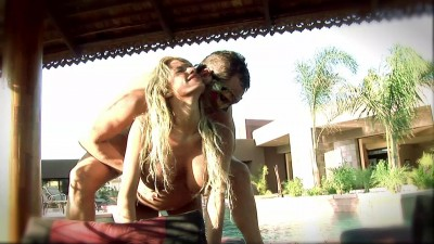 Sexy blondie fucks in the pool