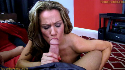 Allura Skye — Mom Becomes Addicted to My Dick