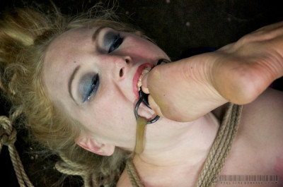 RTB – January 3, 2015 – Delirious Hunter – Candy Caned 1 – HD