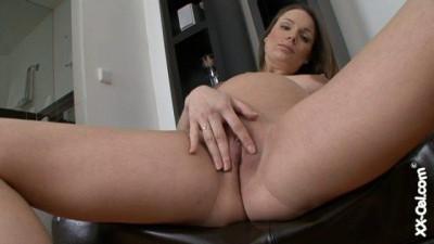 Pregnant Kyla Fox 01