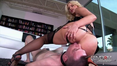 Anikka Albrite The Bottom Slave (2015)