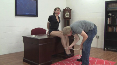 Elizabeth Andrews Dance Instructor Bound (2015)