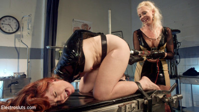 Please Shock My Cunt – A Lesbian Electrosex Nightmare