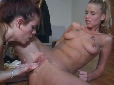 Cute sick lesbians