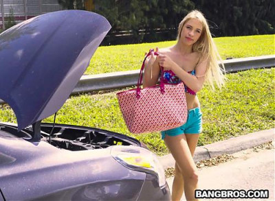 Khloe Kapri Blonde in Distress is a Freak Unleashed FullHD 1080p