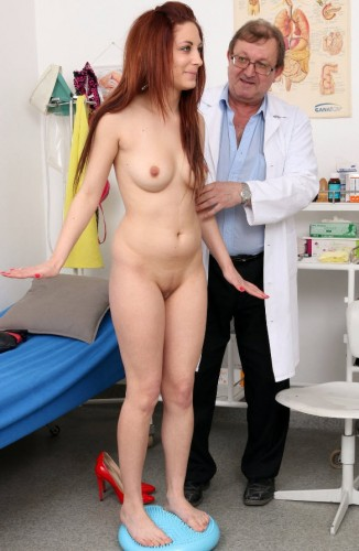 Calista (22 years girls gyno exam)