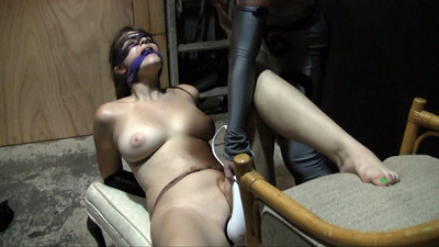 Dakkota & Pocahontas Jones – Ultra Violet's Luck – Bad Or Good?