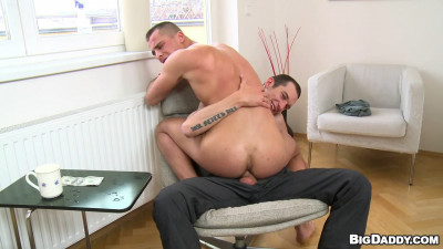 BDaddy - Anal Banging The Window Cleaning Guy - Caleb Moreton & Milan Perger