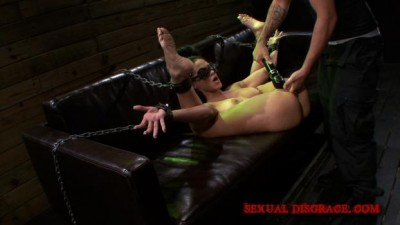 Sexual Disgrace – Jasmine Caro Wasnt Prepared for Such Disgrace