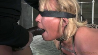 Thick And Juicy Milf Mellanie Monroe Drilled Deep By 10 Inches