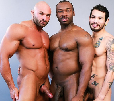Posing For Pleasure – Marc Williams, Draven Torres And Max Chevalier