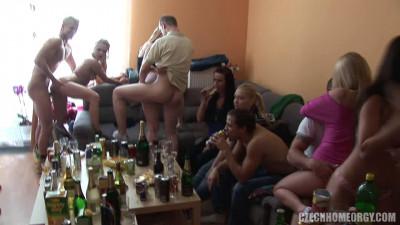 Czech Home Orgy 5