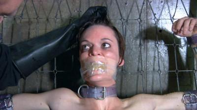 Hazel Hypnotic Safe House 2 Part 1 (2014)
